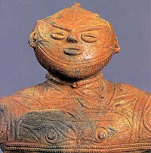 国宝に指定されている「中空土偶」